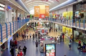 Los centros comerciales representan una de las actividades de  mayor flujo de negocios y puestos de trabajo.