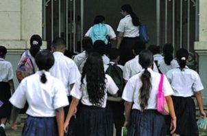 El Meduca asegura que la gran mayoría de los estudiantes a nivel nacional se ha logrado conectar a la educación a distancia.