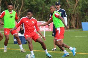 La plantilla de jugadores convocados seguirán entrenando en la 'burbuja' en  Coclé. Foto:Fepafut