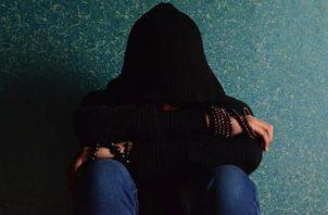 Tener pensamientos de suicidio puede afectar a personas sin antecedentes.