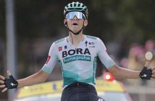El pedalista alemán Lennard Kamna fue el ganador de la etapa 16 del Tour de Francia. Foto:EFE