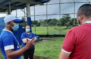 Los colsieos deportivos se encuentran en mal estado en Colón. Foto: Diomedes Sánchez S.