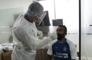 Marcos Sánchez del Sporting San Miguelito en su prueba médica. Foto:@sportingsmfc