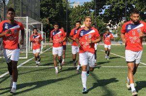 CAI de La Chorrera tiene por lo menos dos semanas de entrenar con miras a la preliminar de la Liga Concacaf. Foto:@CAI