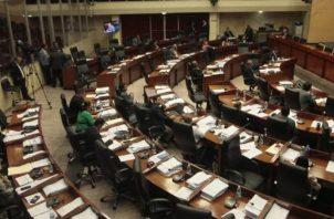 Diputados sesionan este año 2020, en un periodo legislativo irregular por la pandemia.