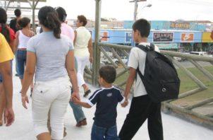 Hubo padres que al no tienen buena comunicación, sí se vieron afectados con las visitas. (Foto: Archivo)