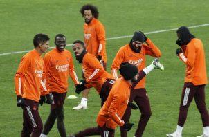 Jugadores en los entrenamientos de Real Madrid. Foto:EFE