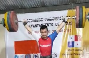 El pesista veragüense Ronnier Martínez busca su mejor forma con miras al Mundial de Pesas que otorga puntos a los Juegos de Tokio. Foto: Cortesía