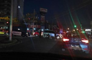 Sicarios en moto descargan balas y matan a un hombre en la 12 de Octubre. Foto: TráficoCPanamá.
