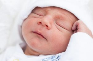 Declaraciones de expertos echan por tierra mitos sobre el recién nacido.