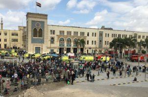 El canal del Estado indicó que una fuente del Ministerio de Salud, que no identificó, ha confirmado los 20 muertos y los 40 heridos por la explosión que se produjo tras la colisión.