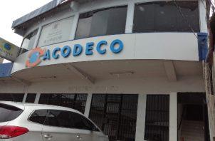 La Acodeco informó que las multas fueron aplicadas a comercios que son reincidentes en estas prácticas.