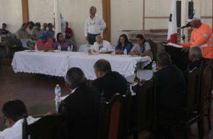 Residentes mostraron su preocupación a las autoridades. Víctor Arosemena