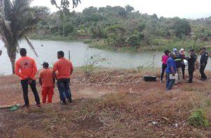 El joven ingresó a una zona fangosa y al parecer quedo atrapado allí. Foto: Diómedes Sánchez.