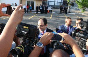 Alberto Alemán, Jefe negociador del TLC con China habla a los medios. Cortesía