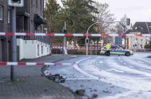 Angela Luettmann, vocera de la policía de Muenster, no pudo confirmar de momento si el hombre era alemán, pero dijo que provenía de Essen. FOTO/AP