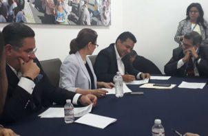 La convocatoria del candidato presidencial Marco Ameglio a unificar propuestas no ha sido respondida por Ricardo Lombana y Ana Matilde Gómez.