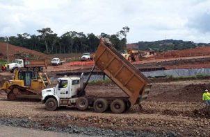 Hasta la fecha la obra de ocho carriles en Arraiján tiene  un avance del 11%. /Foto Víctor Arosemena