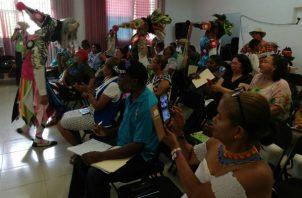 Instructores y docentes de Folclor panameño  miembros de Anadifolkpa. Foto/Miriam Lasso