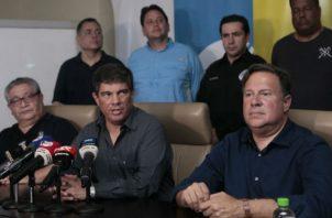 El gerente de Etesa, Gilberto Ferrari, y el mandatario Varela estuvieron al frente del primer informe. Víctor Arosemana