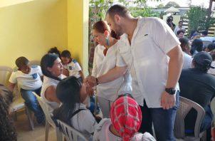 El conversatorio fue con el fin de conocer de cerca las necesidades de los residentes de Arraiján y con el fin de mejorar la cara del distrito. Foto/Eric Montenegro