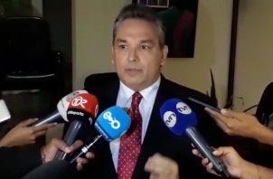 Alfredo Castillero Hoyos es acusado de acoso sexual y laboral contra subalternas.