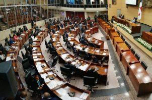 La bancada del Partido Revolucionario Democrático (PRD) está formada 35 diputados.