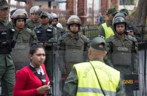 Limitan los accesos a la Asamblea Nacional de Venezuela. FOTO/EFE