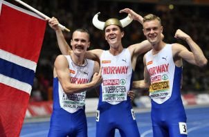 Henrik (izq.), Jakob y Filip Ingebrigtsen son corredores de clase mundial noruegos que entrenan y compiten juntos. Foto/ Martin Meissner/Associated Press.