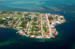 Vista aérea de Isla Colón, uno de los lugares más visitados por los turistas en la provincia de Bocas del Toro. ATP