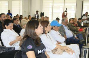 La audiencia se realiza en ausencia de Ricardo Martinelli, debido a que el Sistema Penitenciario no permitió que este asistiera al acto.