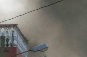 Las autoridades encontraron un auto con explosivos y lo detonaron. FOTO/AP
