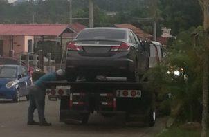 """El automóvil fue localizado por unidades """"Linces"""" de la Policía Nacional en la barriada Valle Dorado, provincia de Panamá Oeste."""