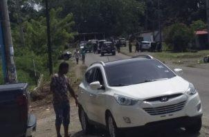 En medio del intercambio de disparos entre ellos, un agente de la Policía Nacional, que se encontraba en una tienda del área, alertó sobre el incidente. Foto/Diómedes Sánchez