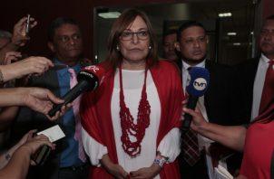 La excandidata presidencial fue testigo en la tarde de ayer, en el proceso que se le sigue al expresidente Ricardo Martinelli. Foto de Víctor Arosemena