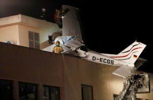 La aeronave tenía su base en el cercano aeropuerto de la ciudad de Sabadell, de donde había despegado esta mañana y hacia donde se dirigía para tomar tierra.