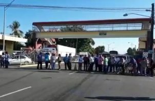 Los extrabajadores están pidiendo que el presidente de la República intervenga, para que se haga justicia en el pago de lo adeudado. Foto/José Vásquez