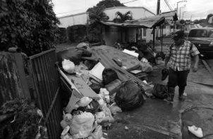 Estamos a años luz de un verdadero desarrollo sostenible por esta carencia en el manejo de los desechos sólidos. Seguirán inundando nuestros ríos y mares de neveras, estufas, lavadoras, entre otros. Foto: Archivo.