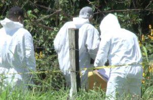 Las autoridades en la provincia de Bocas del Toro tratan de ubicar a la persona responsable de este homicidio en contra de esta persona de 33 años de edad, residente el sector de Almirante. Foto/Mayra Madrid
