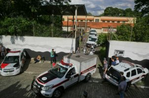 Brasil vivió hace una semana una de las peores masacres escolares de su historia perpetrada por dos antiguos alumnos en el instituto instituto Raúl Brasil. FOTO/AP