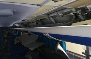La droga estaba oculta en un doble fondo en las paredes internas del autobús donde viajaban los dos conductores con nueve pasajeros extranjeros. Foto/Mayra Madrid