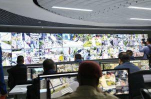 Las cámaras de videovigilancia instaladas por la Alcaldía de Panamá serán para verificar quienes botan basura en lugares no indicados.