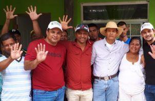 Dos nuevas declinaciones en favor de Cambio Democrático se dieron a conocer este lunes en la provincia de Veraguas.