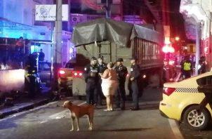 El camión articulado chocó con más de 35 vehículos desde calle 21 hasta calle 27 en El Chorrillo. Foto @TraficoCPanama