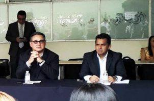 Pugna entre Marco Ameglio y Ricardo Lombana por la tercera candidatura de independientes. Foto: Cortesía.