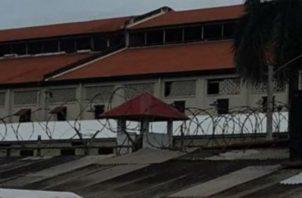 Los enfrentamientos con armas de fuego se ha vuelto algo común en la cárcel de Colón.