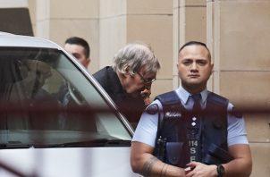 El cardenal australiano George Pell, podría permanecer en prisión hasta el 2022.  FOTO/AP