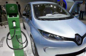 La tendencia mundial es el uso de autos eléctricos.Foto/EFE