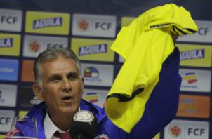 Carlos Queiroz es presentando como nuevo técnico de Colombia. Foto:AP