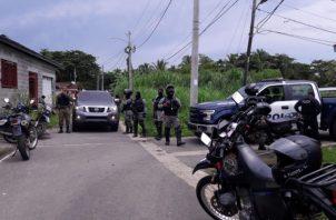 Las unidades policiales rodearon rápidamente el área, hubo dos capturas. Foto/Diómedes Sánchez
